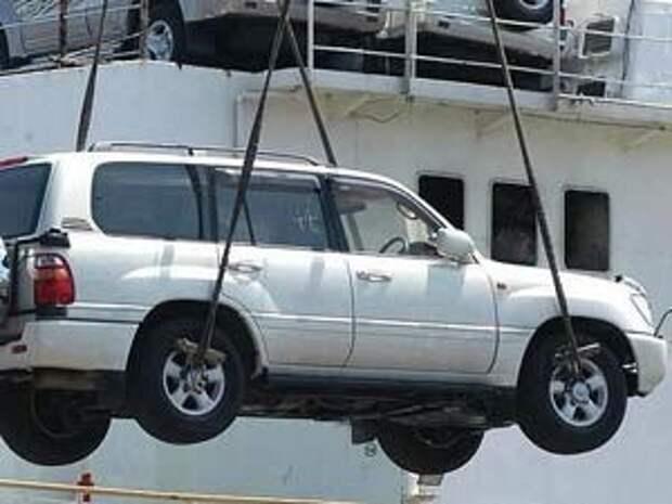 С начала года дальневосточные таможенники выявили 44 «фонящих» автомобилей