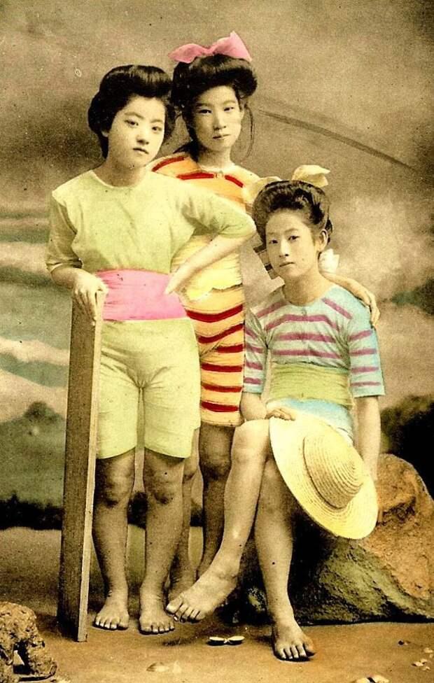 """Кончая, японка тащит из рукава зубами листок хлопчатой бумаги, ловит вас за """"мальчика""""... А.П.Чехов"""