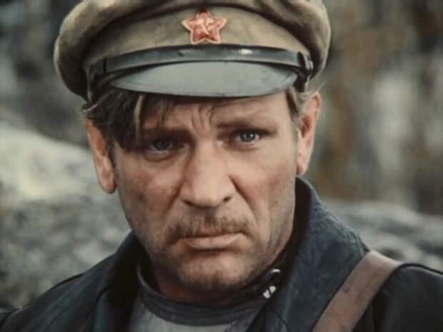 5 лююимых советских актеров, скрывавших свое дворянское происхождение от Властей