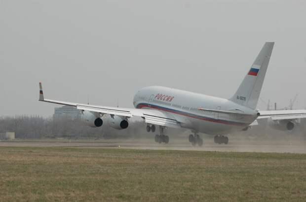 Ил-96-300ПУ(М) - самолет президента Российской Федерации