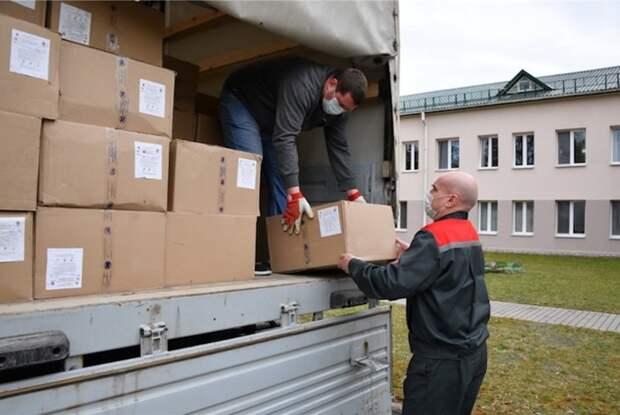 Лукашенко отказался благодарить Россию за помощь в борьбе с коронавирусом
