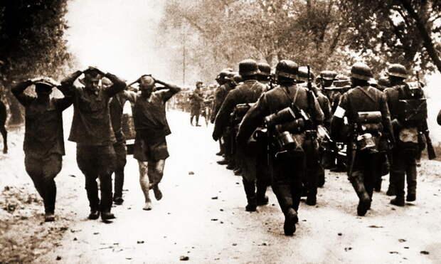 Для многих бойцов и командиров Красной армии война началась именно так. Для многих, но не для всех - Нестандартное 22 июня   Warspot.ru