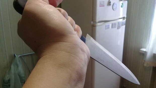 Оренбурженка одним ударом вживот отправила мужа набольничную койку