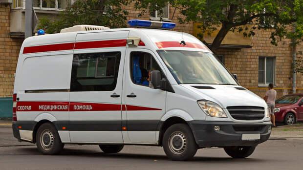 Двухлетний ребенок выжил после падения с пятого этажа в Москве
