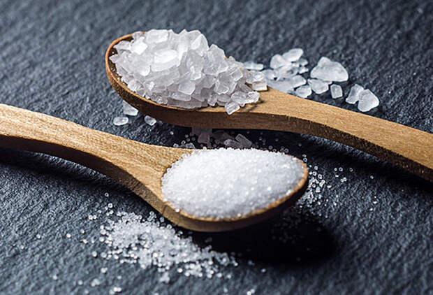 Почему обычную соль лучше заменить морской