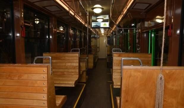 Ретро-трамваи почти 1 млрд рублей начали поставлять в Нижний Новгород