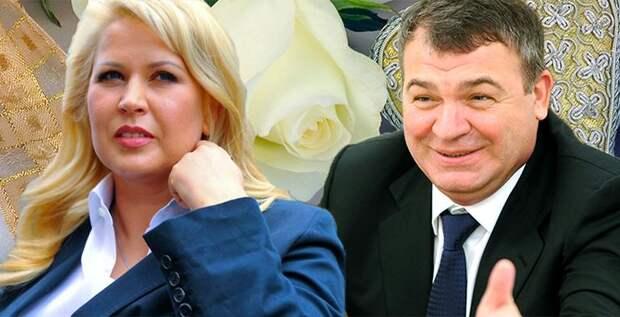 Бросит ли Сердюков к ногам любимой «КамАЗ» и «Вертолеты России»