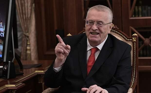 Жириновский предложил называть Путина верховным правителем России
