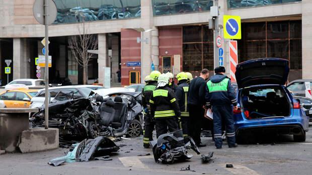 Устроивший ДТП в центре Москвы автомобиль 400 раз нарушал ПДД