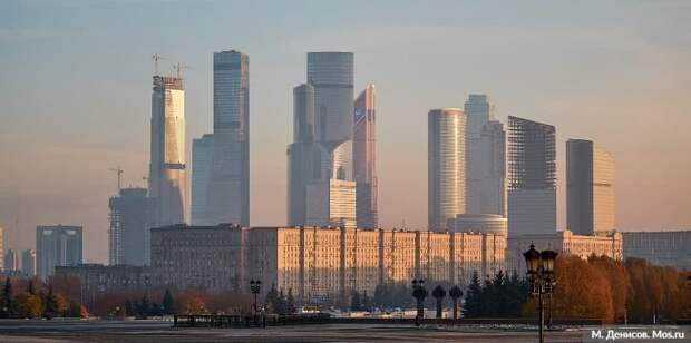 Проект бюджета Москвы до 2023 года обеспечивает выполнение социальных обязательств. Фото: М. Денисов mos.ru