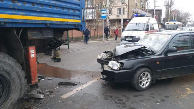 Около 770тыс раз нарушили ПДД водители вРостове впервом квартале