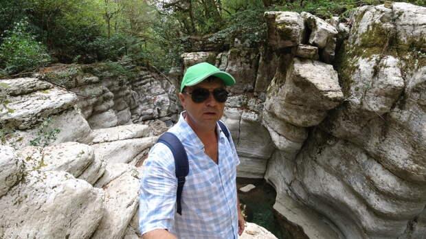 """Приехали посмотреть на каньон """"Белые скалы"""" в Сочи. Показываю, что там увидели"""