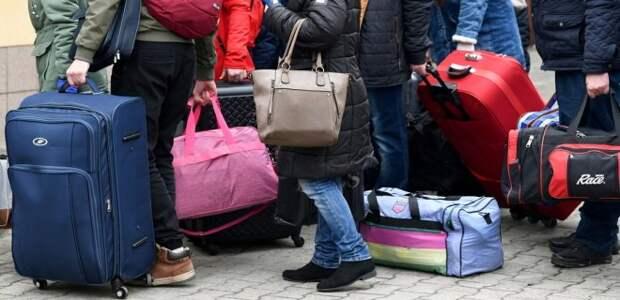 Как украинцев чествуют в Европе: проститутки и нелегалы как витрина «Революции гидности»