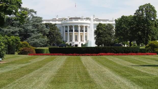 Белый дом: США не станут отказываться от соглашения по подлодкам из-за Франции