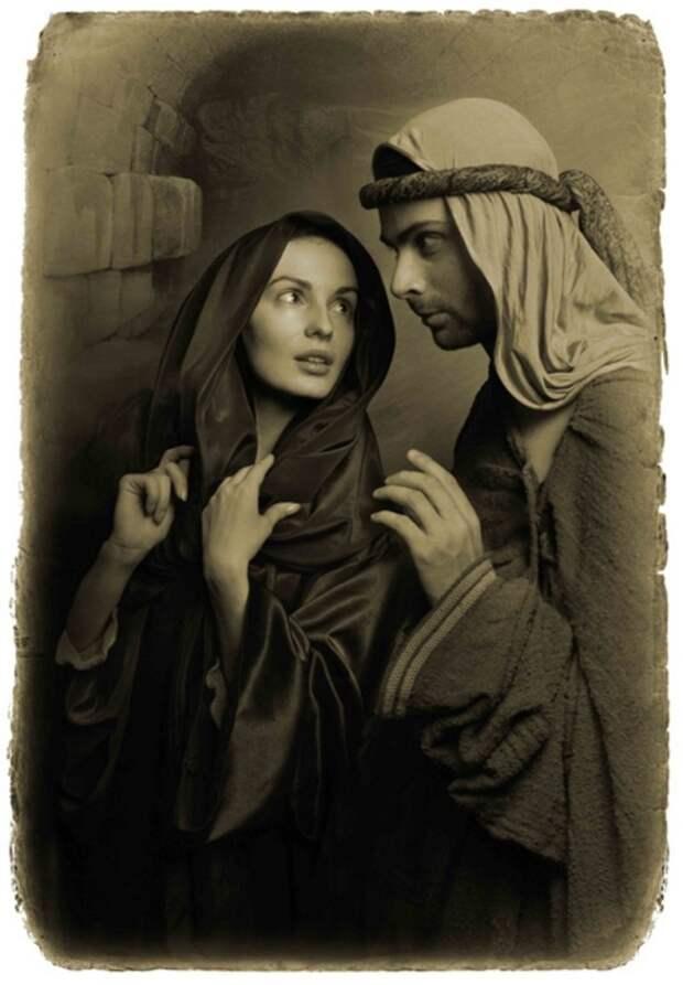 Женщина повернулась, прищурилась, причем на лице ее выразилась холодная досада, и сухо ответила по-гречески: – Ах, это ты, Иуда? А я тебя не узнала сразу. «Мастер и Маргарита». Фотоиллюстрации Елены Мартынюк.