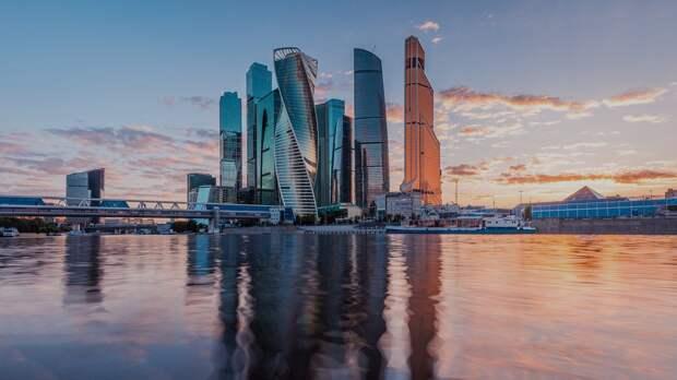 Москва карантинная: всех жителей столицы обязали самоизолироваться