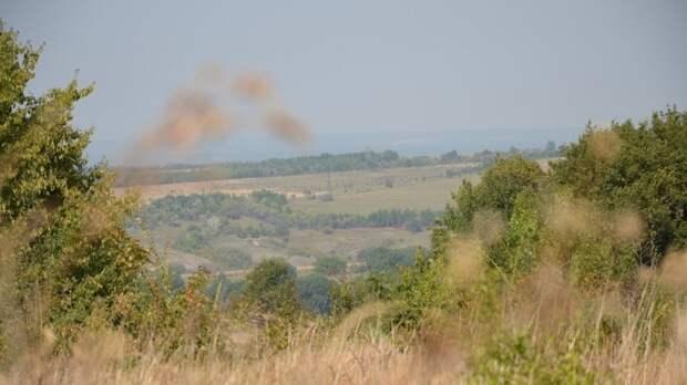 Бойцы ВСУ обстреляли из гранатометов населенный пункт Желобок в ЛНР