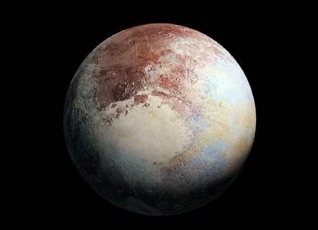 NASA: внутри Плутона «запечатан» огромный океан, скрывающий инопланетную жизнь