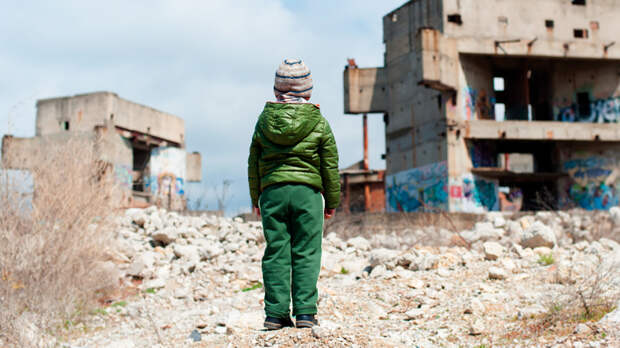 """""""И руки в могильной грязи"""". Простая правда об убийстве ребёнка в Донбассе"""