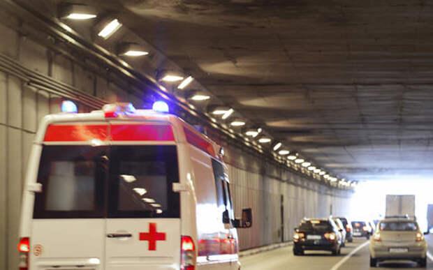 Под Москвой столкнулись микроавтобус и легковушка. Есть жертвы
