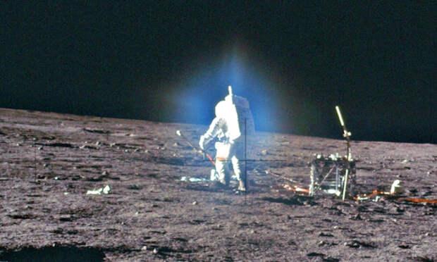 Зачем к Луне подогнали Звезду Смерти?