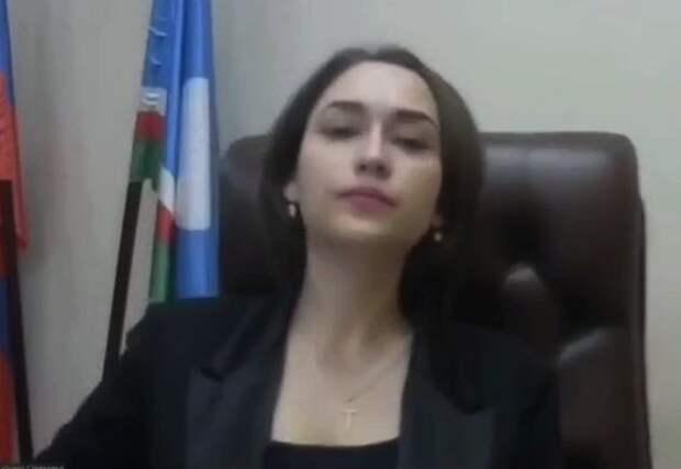 Открытая грудь якутского министра отвлекла депутата от заседания