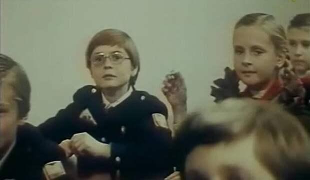 """Помните Чижикова из """"Приключений Электроника""""? Посмотрите как сложилась его судьба."""