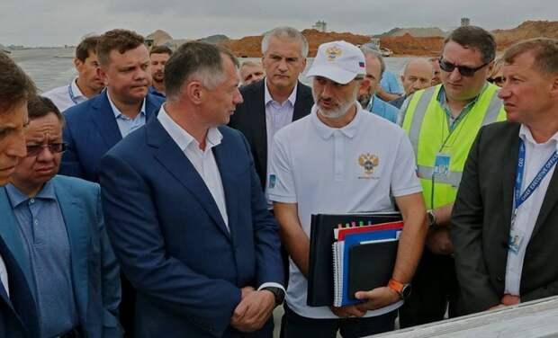 Хуснуллин: Крым и Севастополь дополнительно получат больше 200 млрд