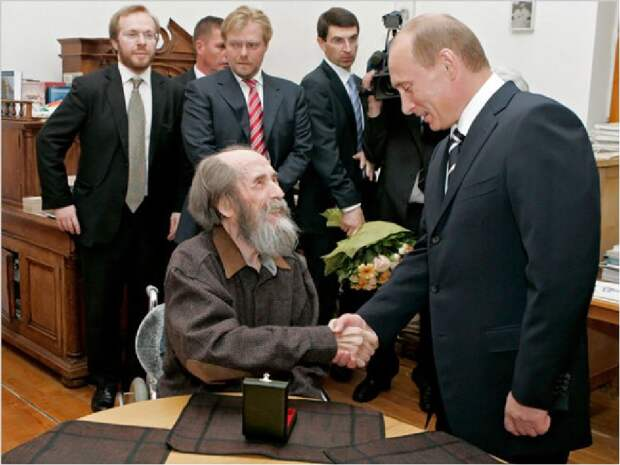 К 100-летию Солженицына