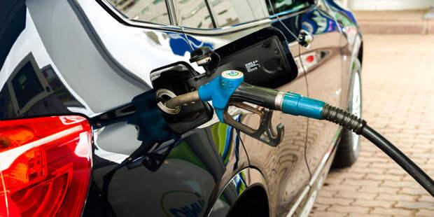 Эксперты назвали причины роста цен на бензин в Кыргызстане