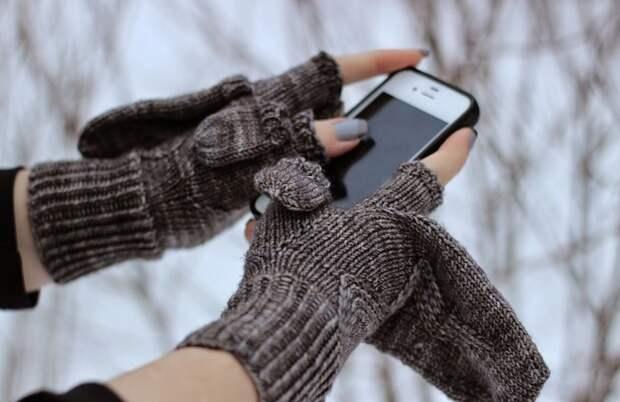 телефон отключается на холоде