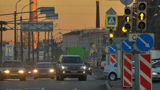МВД вновь возьмет под контроль дорожные знаки и светофоры