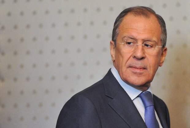 Россия продолжит курс на дедолларизацию экономики из-за «агрессивных» санкций США