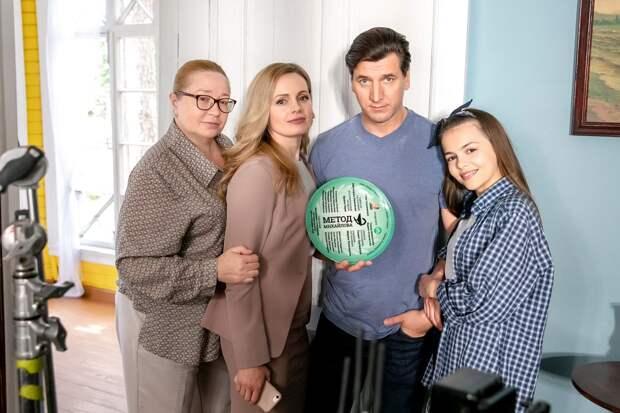 Александр Устюгов наденет халат врача