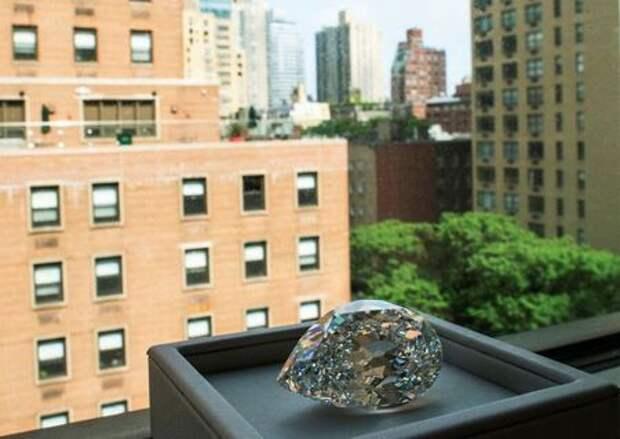 A rare 100+ carat diamond is seen at Sotheby's in New York City, New York, U.S., June 21, 2021. REUTERS/Eduardo Munoz
