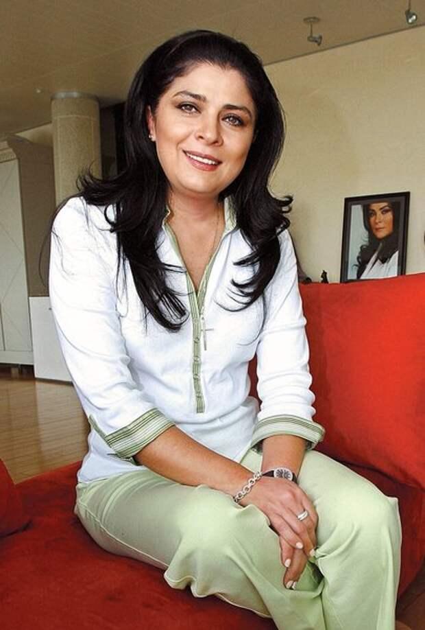 Только когда сын повзрослел, Виктория Руффо задумалась и о личной жизни