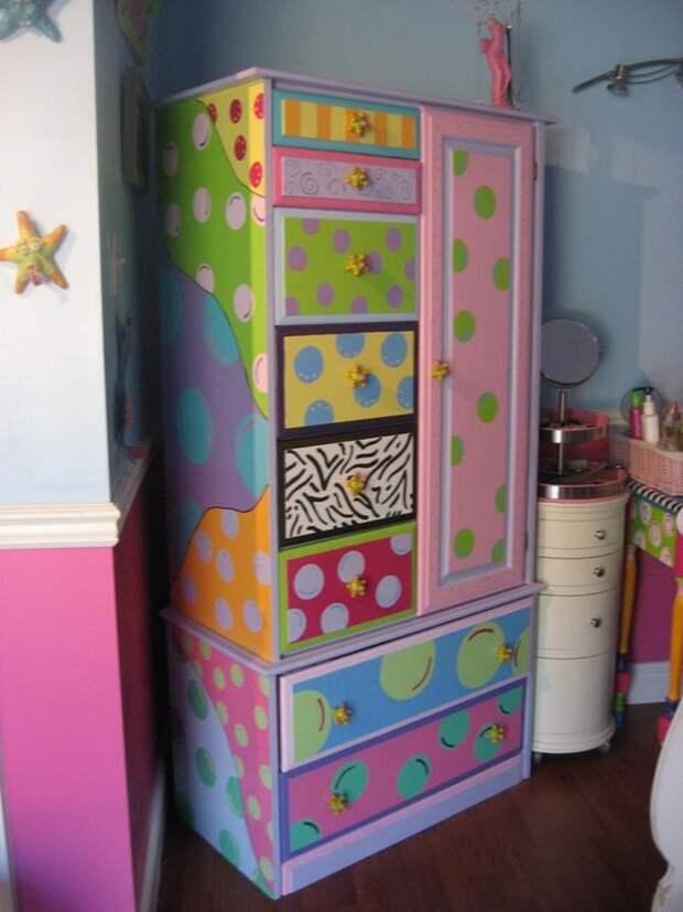 Яркие шкафы