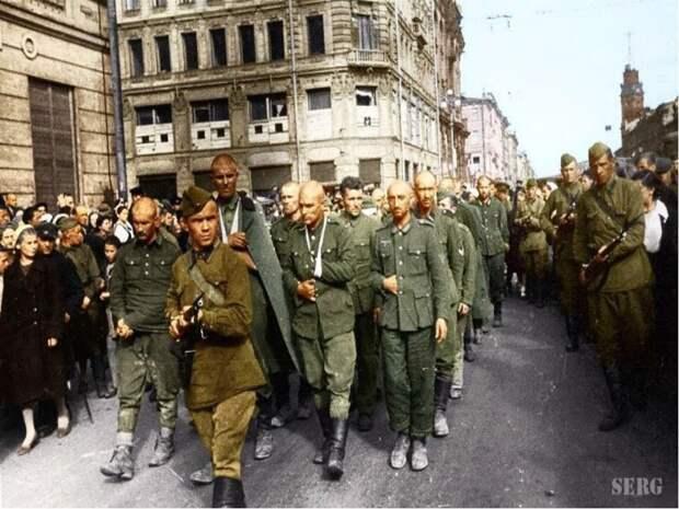 Пленные немцы в Ленинграде