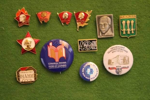 Возвращаясь в Советский Союз. Часы, шкатулки, войны и мировая революция