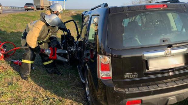 Возле села Ленино столкнулись две машины. Есть пострадавшие