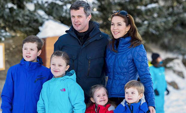 Королевскую семью Дании обвинили в незаконном гостиничном бизнесе