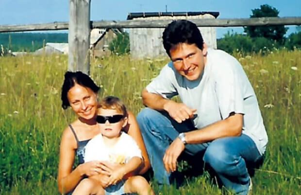 Марина Хлебникова и Михаил Майданич с дочерью   Фото: 24smi.org