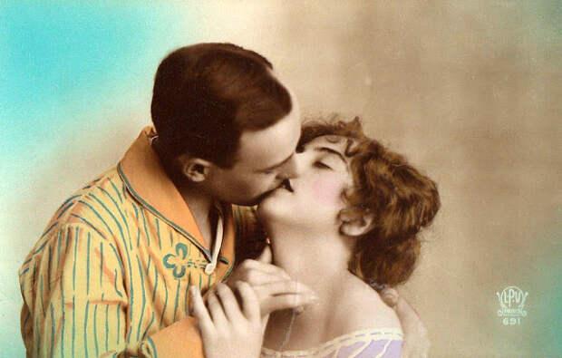 Французские открытки, в которых показано, как романтично целовались в 1920-е годы 43