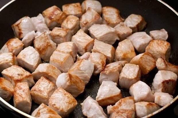 Тушенный картофель со штруделями!!!
