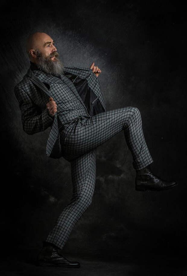 Как 50-летний преподаватель университета стал моделью: Пип Джентльмен