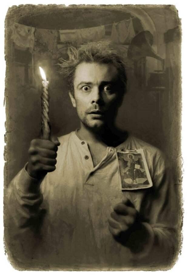 Иван Николаевич Бездомный – известнейший поэт. «Мастер и Маргарита». Фотоиллюстрации Елены Мартынюк.