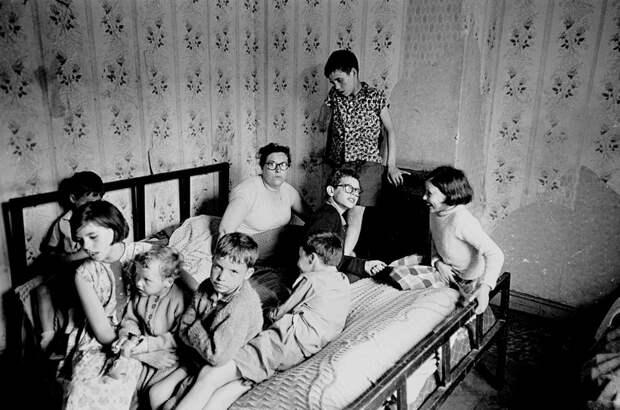 30 неожиданных фото о том, в какой страшной нищете жили англичане в 60-е годы 20 века