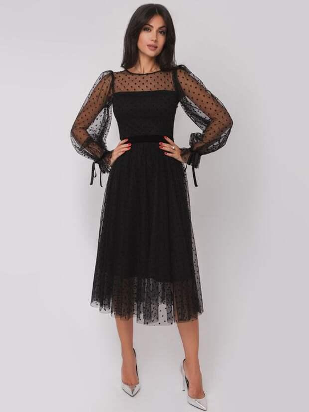 Пять платьев, которые должны быть в вашем гардеробе этой зимой