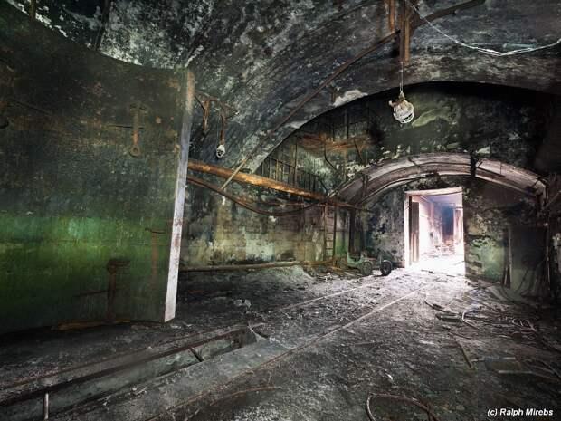 Россия: Пленник ракетного комплекса