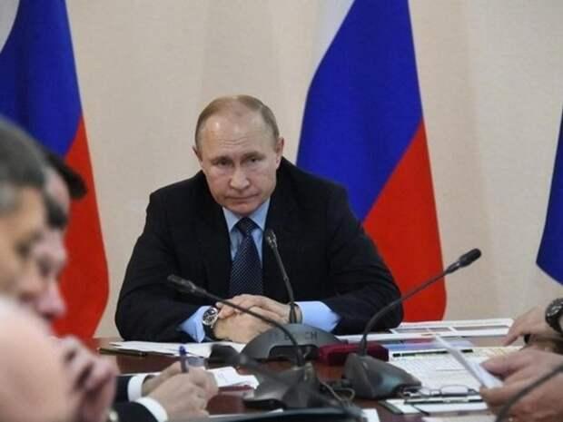 Путин согласился сделать нерабочими дни с 1 по 10 мая